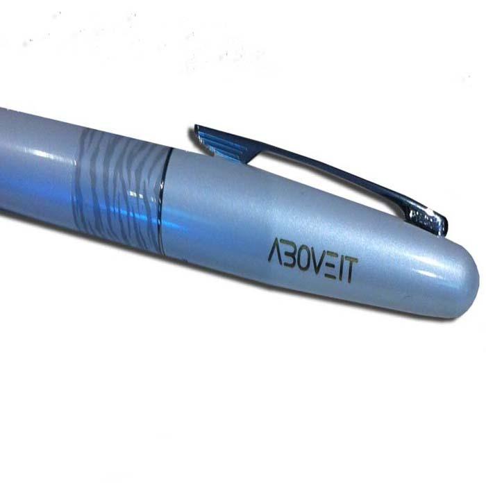 חריטת לייזר על עט