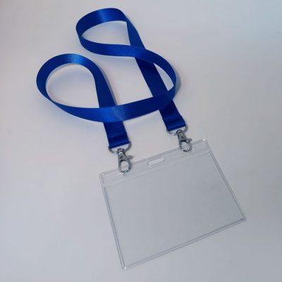 """שרוך לצוואר כחול עם הוק כפול וכיס לתג 10X8 ס""""מ"""