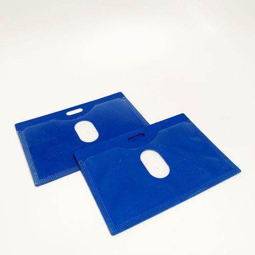 מנשא / מחזיק לתג שם כחול 10X7 סמ